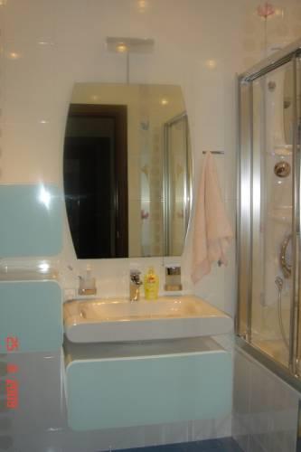 Ванная комната ванная с душевой